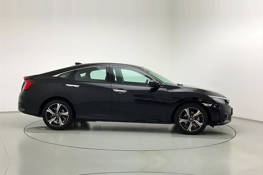Honda Civic 4-Door Saloon 1.6 i-DTEC SR